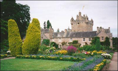 Cawdor gardens photo