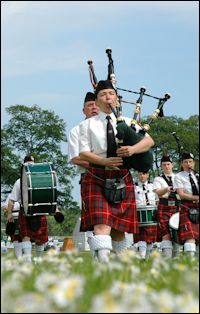 Scottish pipers photo